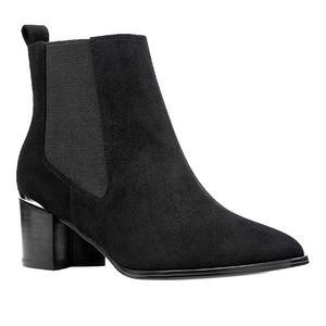 BRAND NEW Size 8 Black Nine West Ankle Boot